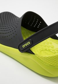 Crocs - LITERIDE - Clogs - black/lime punch