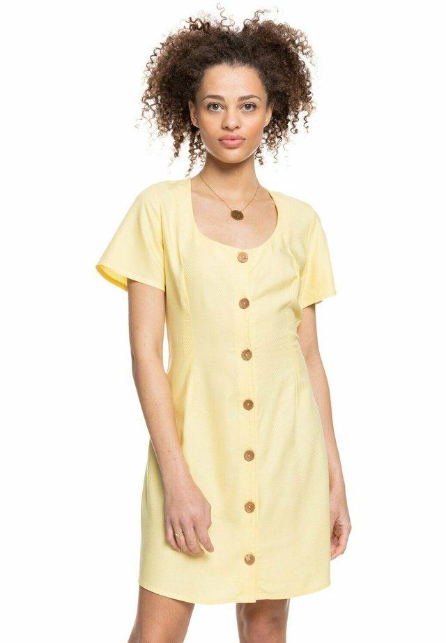 ALL EYES ON LOVE - Sukienka letnia - pale banana