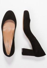 Pura Lopez - Classic heels - black - 3