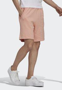 adidas Originals - ABSTRACT - Shorts - dust pink - 2