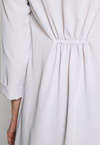 Wallis - WATERFALL DUSTER - Classic coat - silver - 5