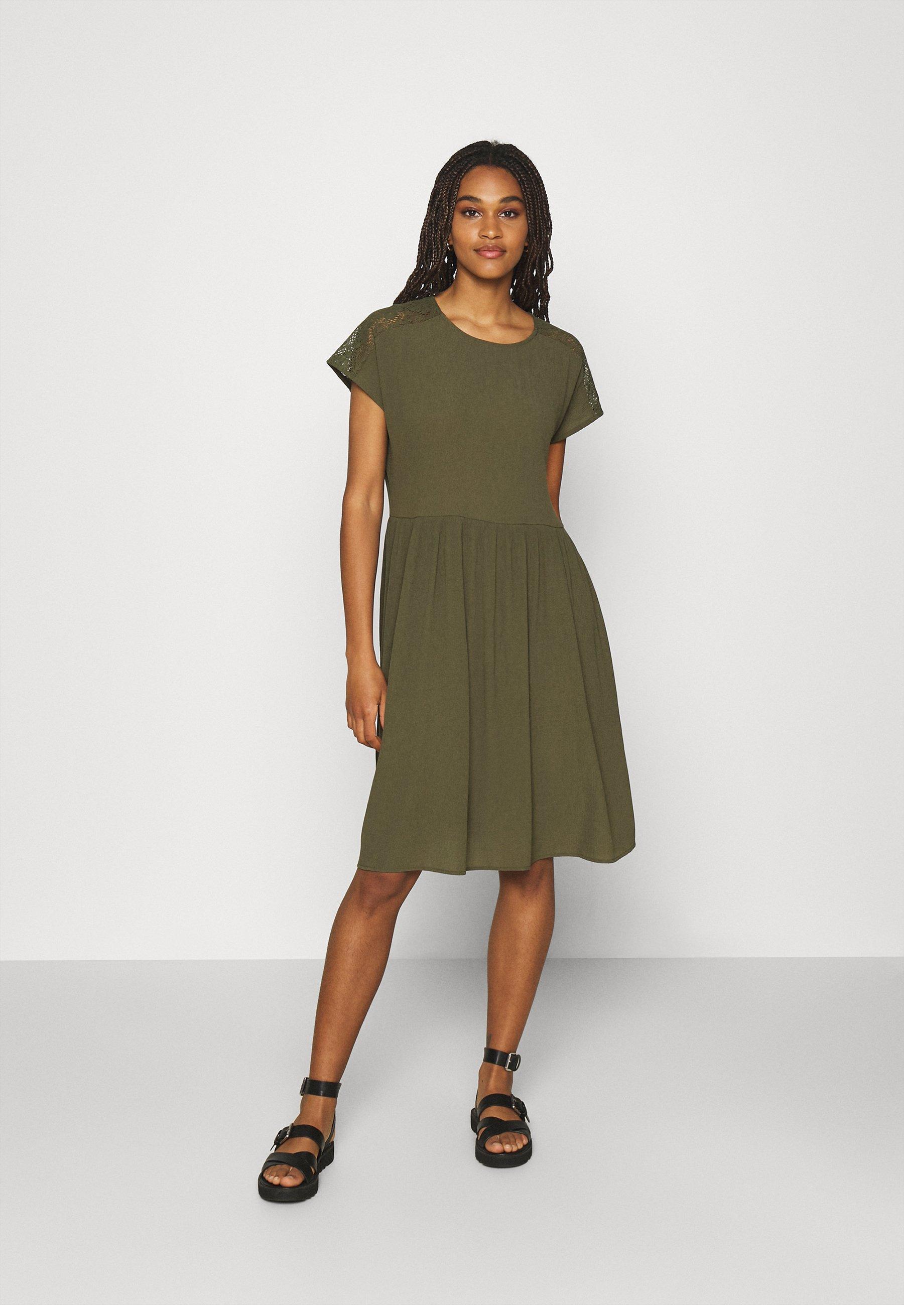 Women VMNANCY KNEE DRESS - Day dress