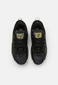 Jordan - ONE TAKE II UNISEX - Basketball shoes - black/metallic gold/white - 3