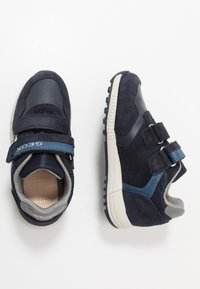 Geox - ALBEN BOY - Trainers - navy/dark avio - 0