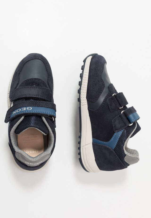 ALBEN BOY - Sneakers laag - navy/dark avio