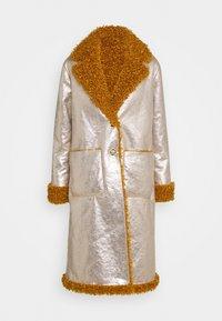 Pinko - DRACO COAT - Classic coat - senape/oro chiaro - 0