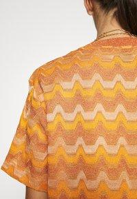 M Missoni - Print T-shirt - pumpkin - 6