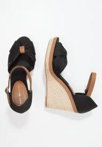 Tommy Hilfiger - ICONIC ELENA SANDAL - Sandaler med høye hæler - black - 2
