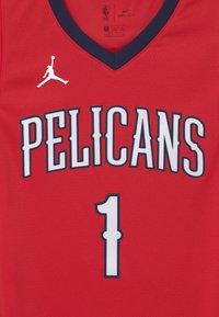 Nike Performance - NBA NEW ORLEANS PELICANS ZION WILLIAMSON BOYS - Club wear - red - 2