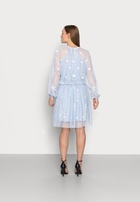 SISTA GLAM PETITE - SAFIE - Cocktail dress / Party dress - pale blue - 2