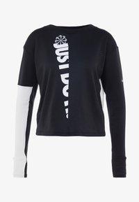 TOP CREW - Camiseta de deporte - black/white/silver