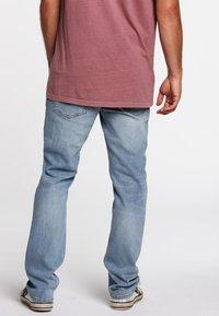 Volcom - SOLVER - Jeans Straight Leg - vintage blue - 2