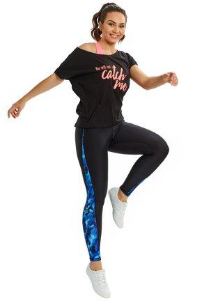 MCT002 ULTRA LIGHT  - Print T-shirt - black/glitter/neon coral