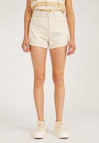 ARMEDANGELS - Shorts - undyed - 0