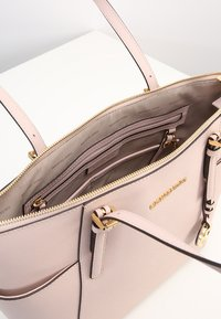 MICHAEL Michael Kors - JET SET - Handbag - soft pink - 5