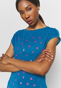 Vaude - TEKOA - T-shirt con stampa - kingfisher - 3
