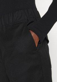 WEEKEND MaxMara - EGIZIO - Trousers - black - 3
