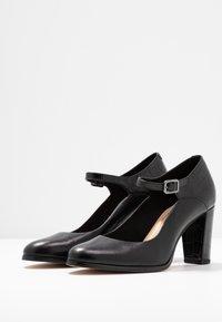 Clarks - KAYLIN ALBA - Classic heels - black - 4