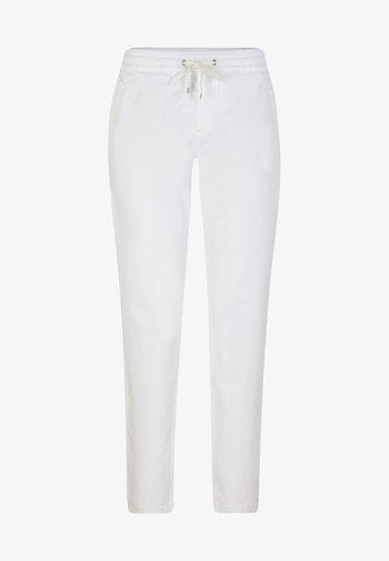 REGULAR FIT - Tracksuit bottoms - white