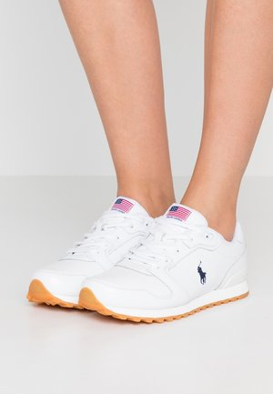 CLASSIC RUN - Trainers - white