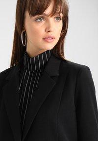 Minimum - TARA  - Short coat - black - 4