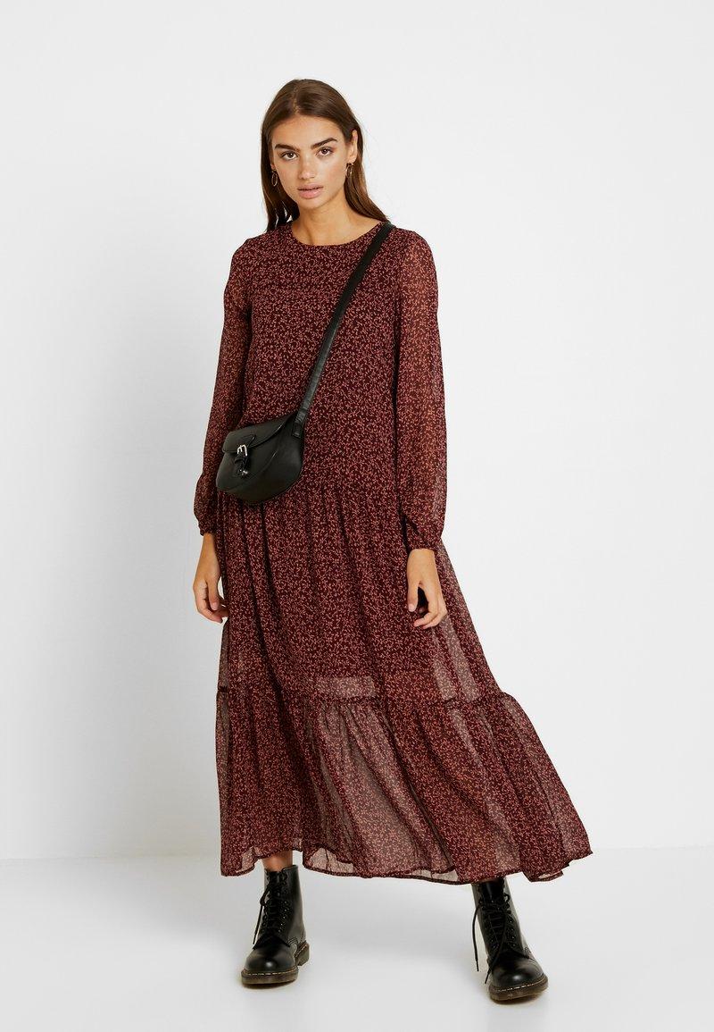 Vero Moda - VMROBERTA ANCLE DRESS - Maxi dress - port royale/brick dust