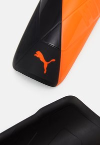 Puma - Shin pads - shocking orange/black white - 3