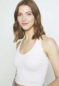 BDG Urban Outfitters - JACKIE HALTER - Top - white - 3