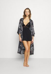 Nly by Nelly - SOFT DREAM DRESS - Nightie - black - 1