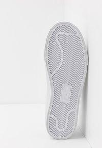 EA7 Emporio Armani - Sneakers - nimbus cloud - 4