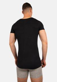 Bandoo Underwear - 2PACK - Undershirt - black,black - 1