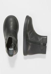 Camper - DUET KIDS - Classic ankle boots - black - 1
