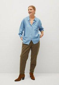 Violeta by Mango - Button-down blouse - hellblau - 1