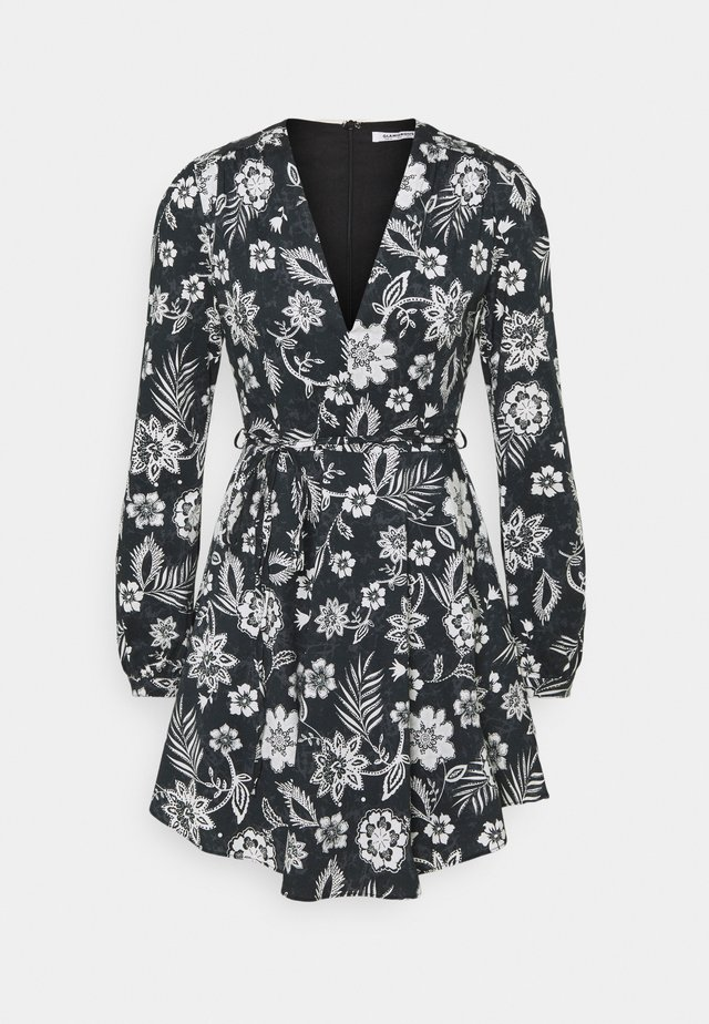 LONG SLEEVE DRESS WITH V NECK - Day dress - black white floral