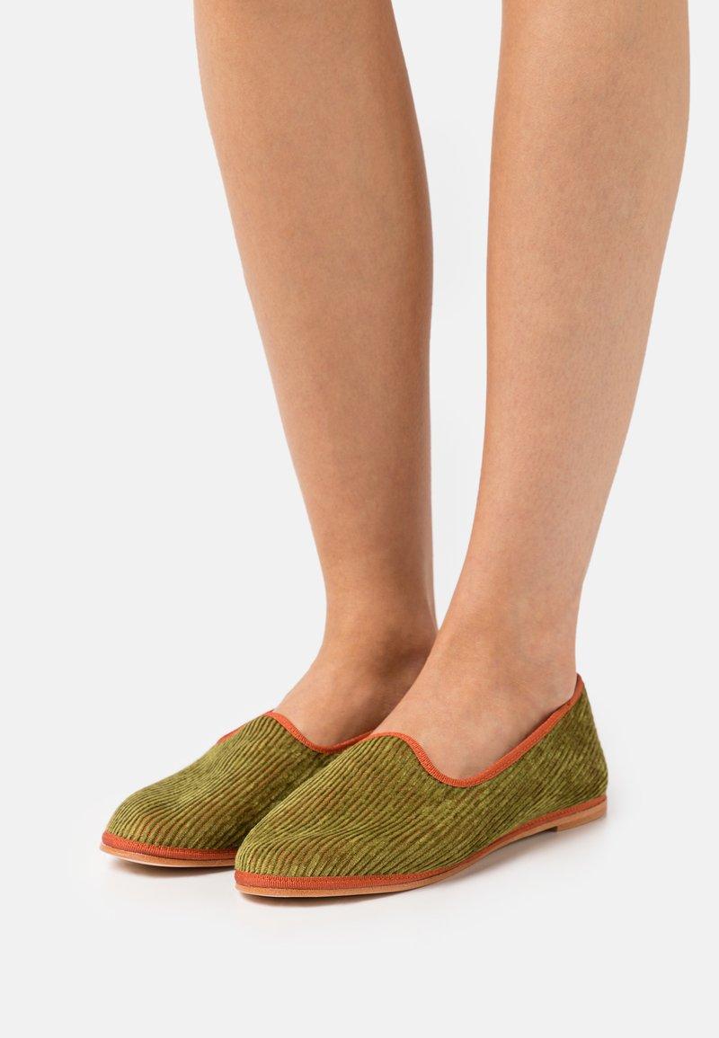 Alberta Ferretti - CORDUROY  - Slip-ons - fantasy print green