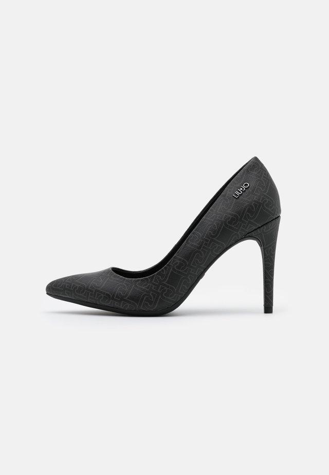 VICKIE - Zapatos altos - black