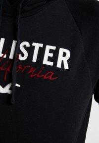 Hollister Co. - TECH LOGO - Hoodie - black - 5