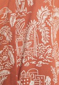 Monki - MOA RAGLAN SHIRTDRESS - Shirt dress - coralle - 5