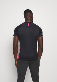 Nike Performance - DRY ACADEMY - Print T-shirt - black/hyper pink - 2