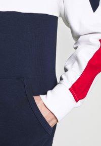 Polo Ralph Lauren - HEAVY SOFT TOUCH - Sweatshirt - white - 7