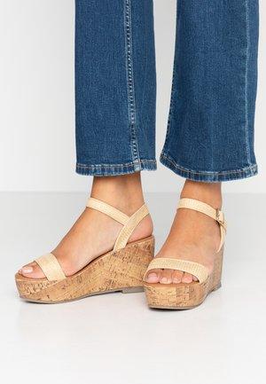 WIDE FIT PLATTER  - Sandály na vysokém podpatku - offwhite