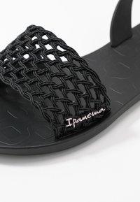 Ipanema - BREEZY - Pool slides - black - 2