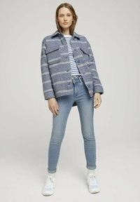 TOM TAILOR DENIM - CONTRAST NECK - Long sleeved top - white blue stripe - 1
