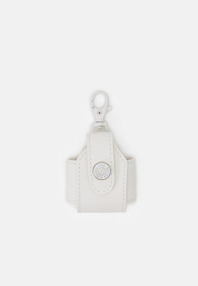 ORNAMENTAL ITEM - Nøkkelring - white
