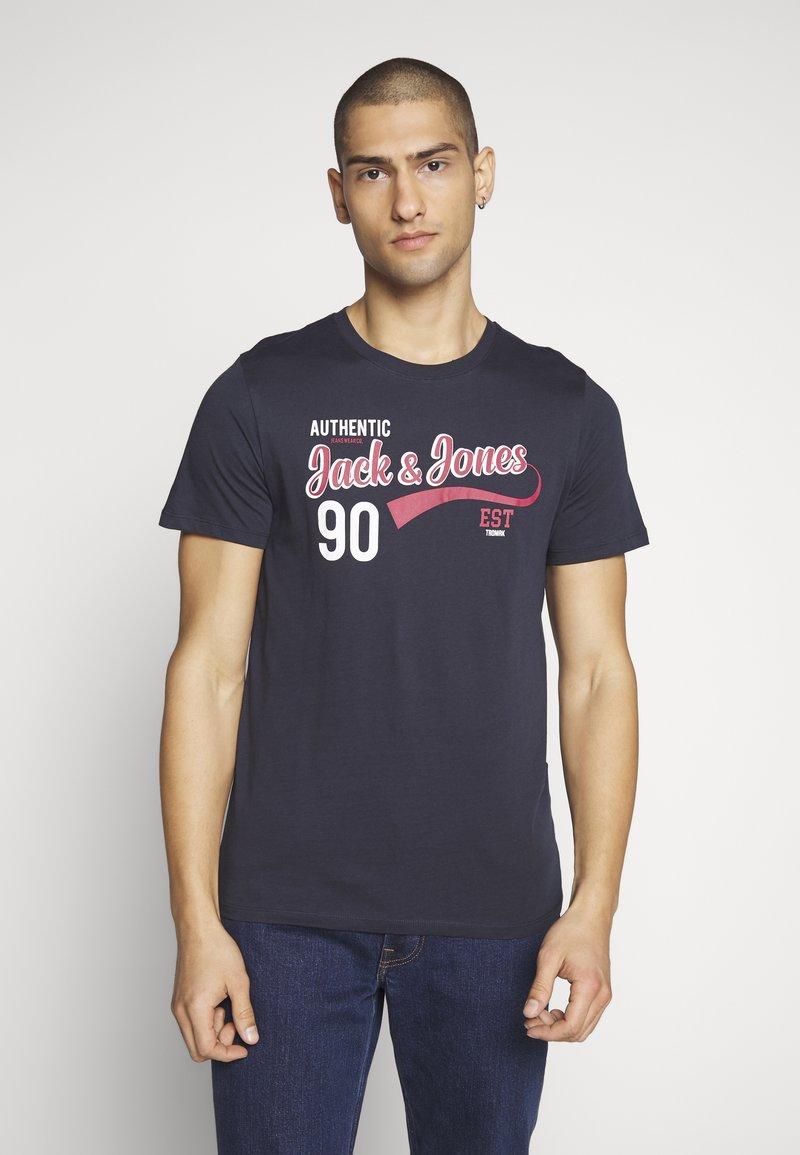 Jack & Jones - JJELOGO TEE SLIM - Print T-shirt - navy blazer