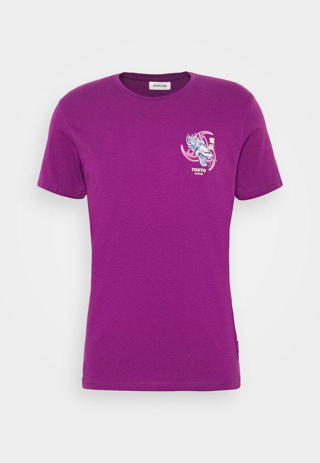 UNISEX - Camiseta estampada - purple