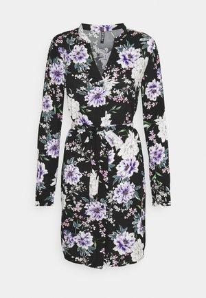 PCBONNIEN - Shirt dress - carry/over