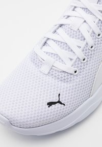 Puma - ANZARUN LITE - Trainings-/Fitnessschuh - white - 5