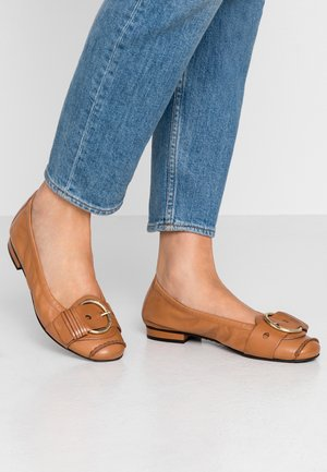 MALU - Ballet pumps - cognac/gold
