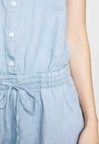 Levi's® - AMELIA ROMPER - Jumpsuit - morning blues - 4